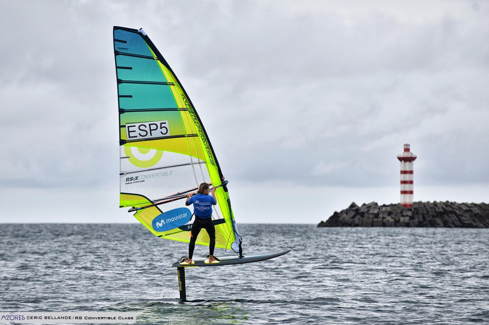 ¡Subcampeona del primer Mundial de windsurf con foil!