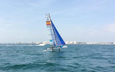 Victoria en la Medal Race y podio final en Hyères para Iker Martínez y Olga Maslivets