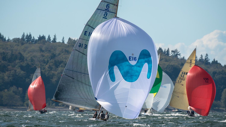 """El """"Bribon Movistar"""" de S.M. el Rey Juan Carlos, a un paso del título mundial en Vancouver"""